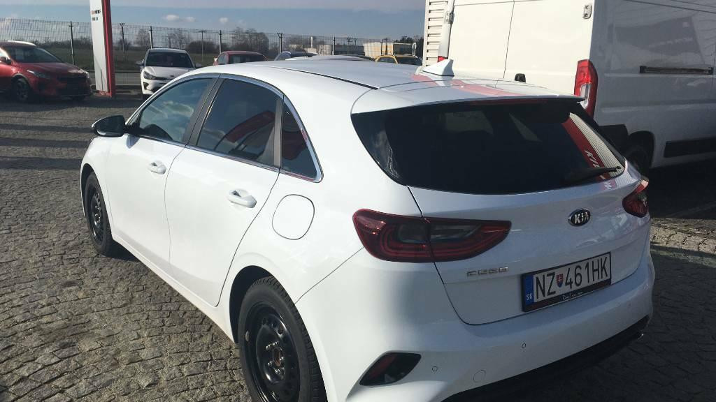 KIA Ceed III 1.4 T-GDI GOLD DCT7 LED Pack